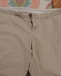 Women's Old Navy Bermuda shorts